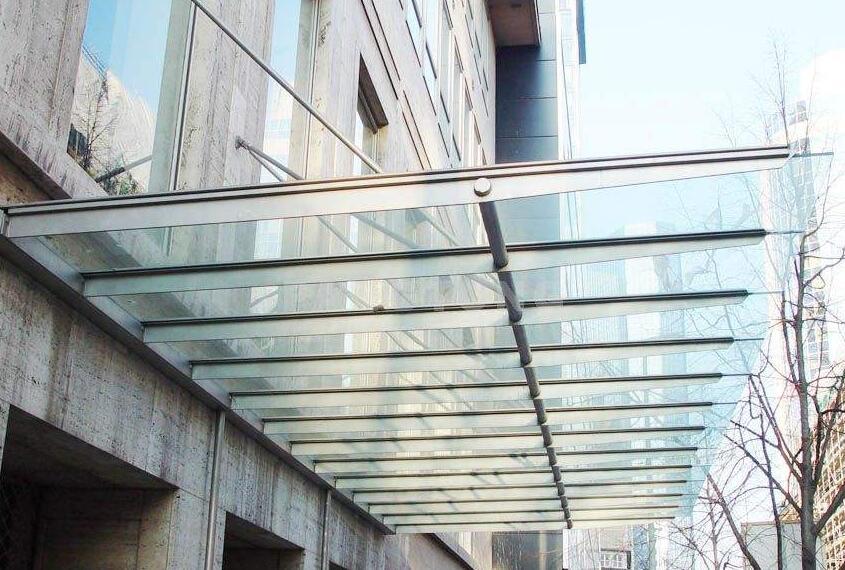 玻璃雨棚特征(一)