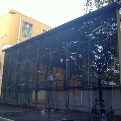 小编带你了解一下陕西玻璃幕墙的施工方法