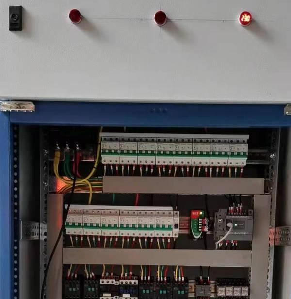河南某客户尿素检测机PLC控制柜案例