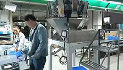 半自动人工接料定量称重系统 螺丝数粒机