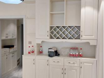 櫻雪-廣元酒柜定制設計,與商業風格結合