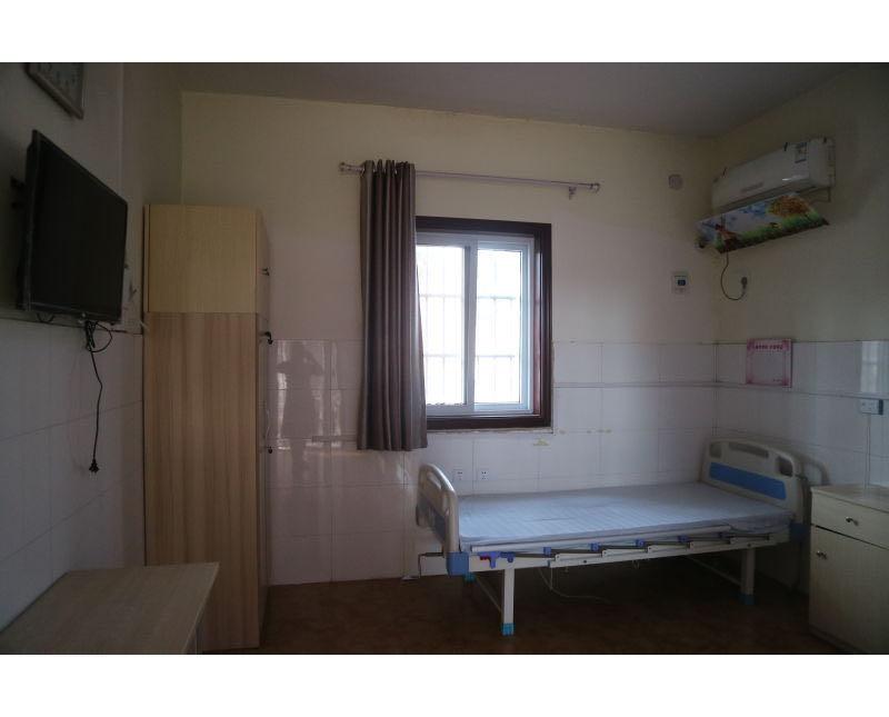 新乡五福养老院整洁卧室