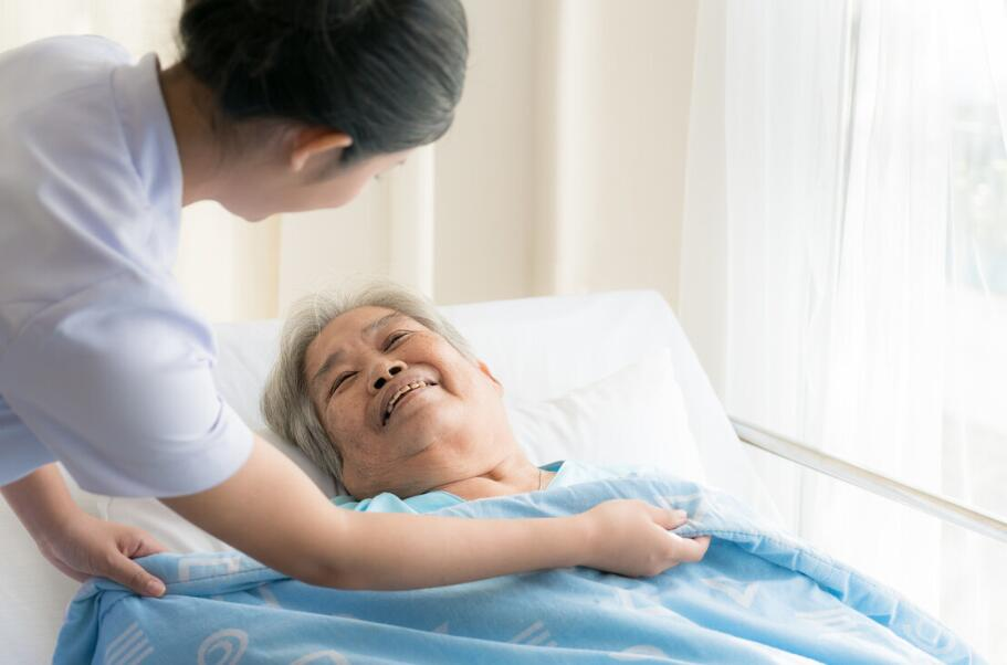 选择养老院先了解这些,一般养老院收费标准是怎样的?