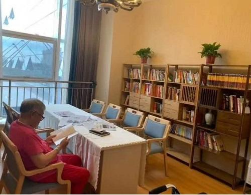 如何站在老人的角度选择养老院