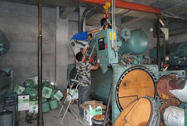 成都維修冷水機公司