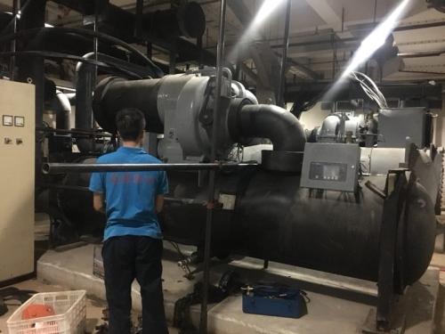 成都維修冷水機小貼士:這些因素會造成冷水機故障