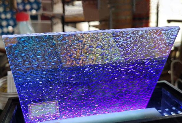成都有机玻璃制品应该注意哪些问题?