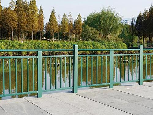 注意啦!四川锌钢护栏使用和安装要避免这些误区