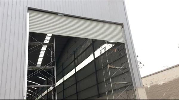抗风卷帘门应用工程案例