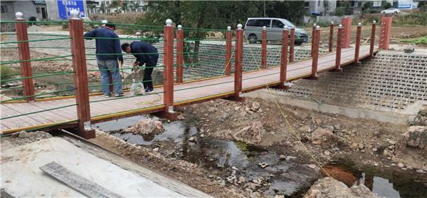 河南木质吊桥施工