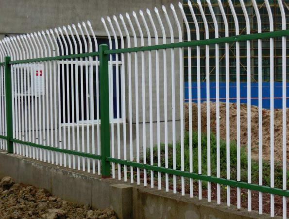 跟小编一起来了解一下锌钢护栏的特点以及使用范围