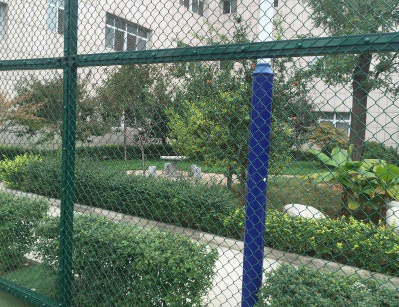 体育场护栏网安装