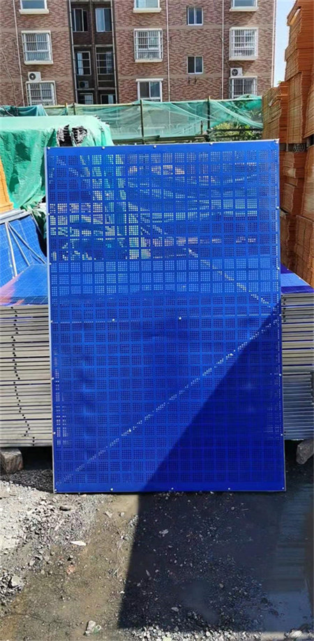 陕西护栏网厂家——爬架网安装