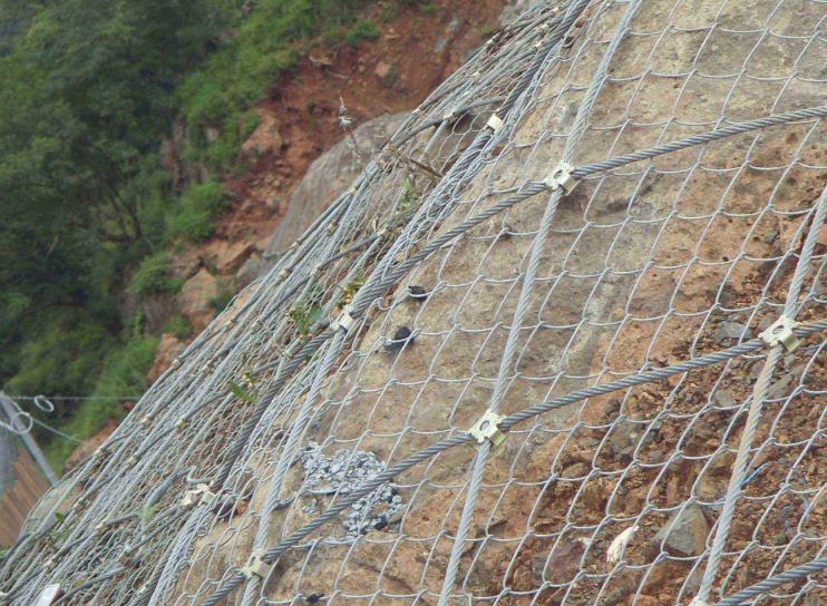陕西边坡防护网的特殊性