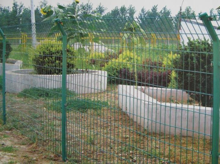 护栏隔离网的浸塑方法一篇文章带你了解