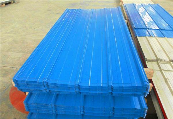 各大施工场所使用的彩钢瓦压型板,怎样对彩钢瓦板的质量进行鉴定