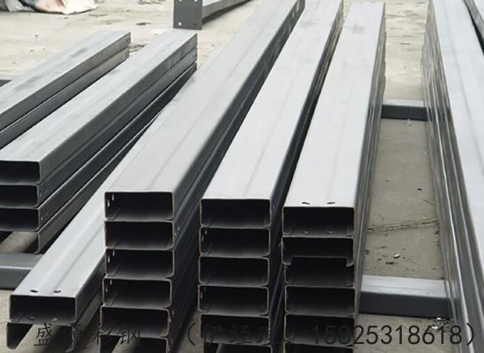 彩色钢板的价格怎么样?有哪些施工技巧?