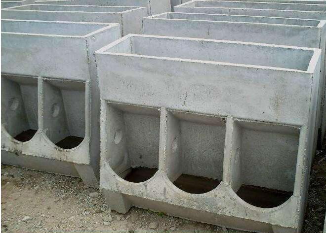不锈钢育肥猪自动料槽的尺寸及价格介绍