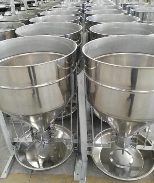 雅力浅析干湿类的四川自动料槽产品规格及使用效果