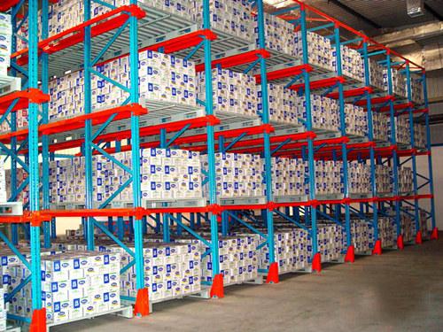 成都貨架廠告訴你貨架有哪些使用功能