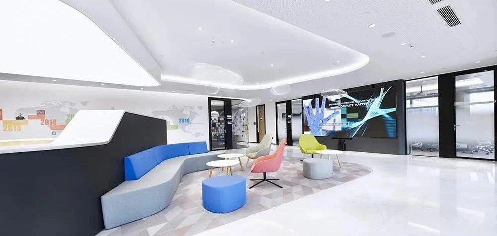 成都办公家具厂可以为你设计美观实用的办公家具