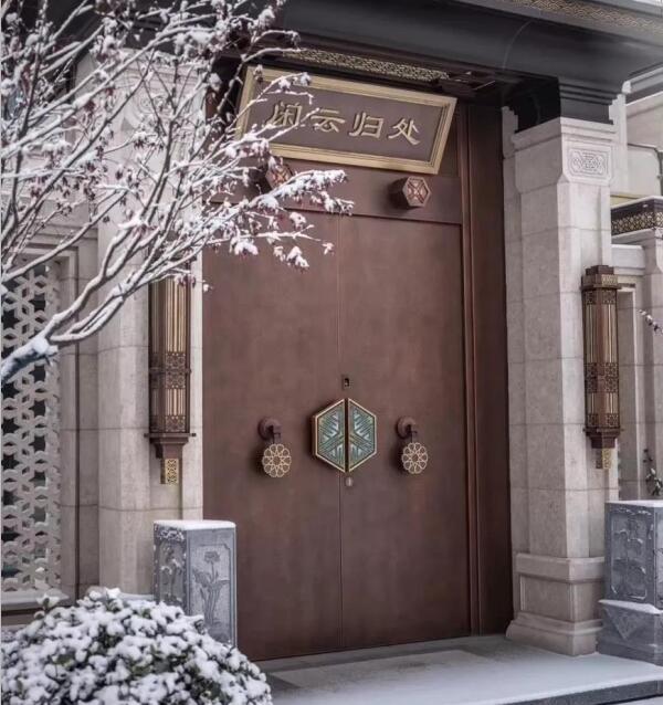 业祖门业-设计满足中国人的居住情怀的新中式风格铜门!