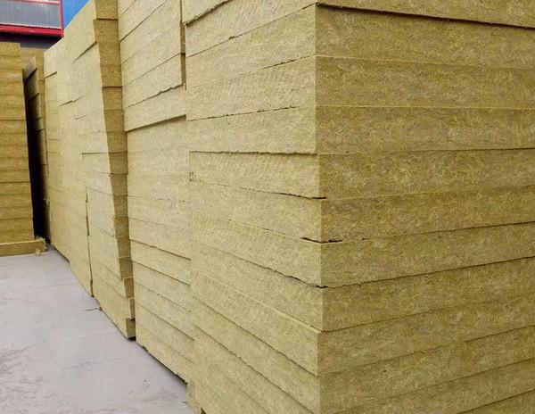 岩棉板和聚苯板这两种保温材料有什么区别