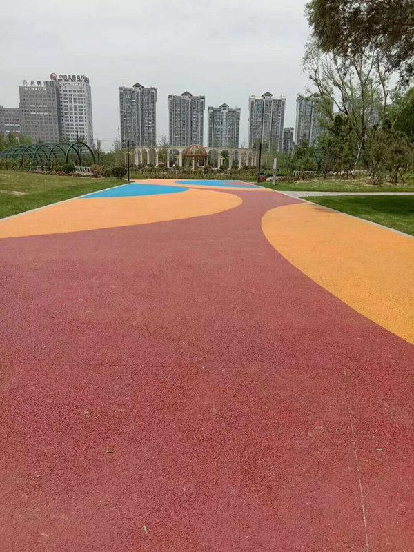陕西彩色透水路面施工