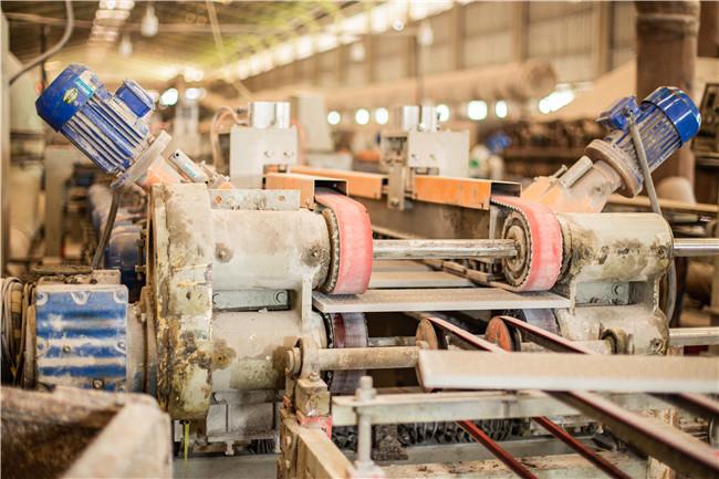 鲁冠建材生产设备