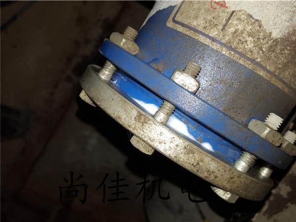 河南机组泄漏点维修