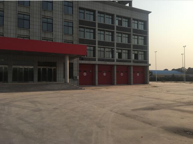 郑州消防车库门厂区办公大楼