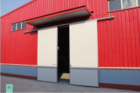 今天郑州工业平移门为大家分享一下关于铝合金平移门与铁镀锌门对比区别