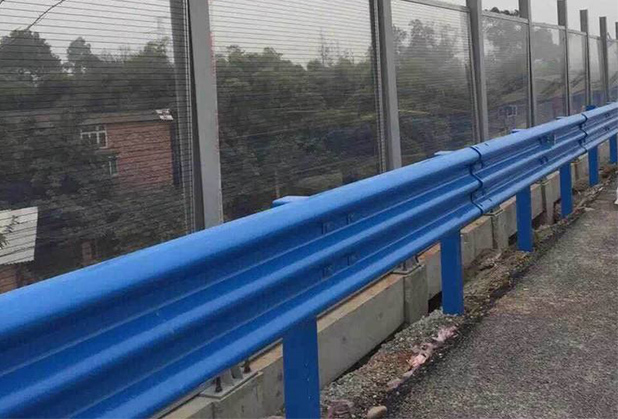 成都喷塑三波护栏板