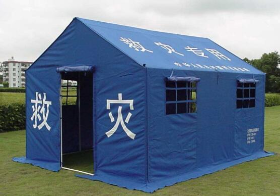 在露营或户外活动中,帐篷是如何来组建安装的呢?