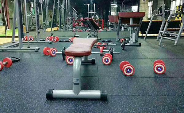 健身房橡胶地垫案例