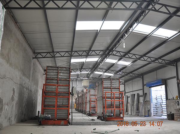 隔墙板运输厂区