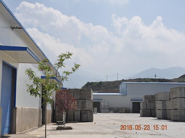 岩棉板存放厂区