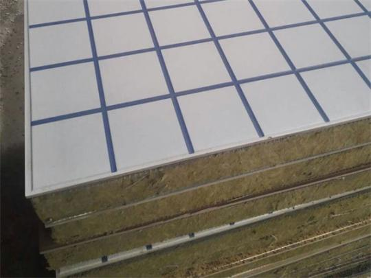 保温装饰一体板优势