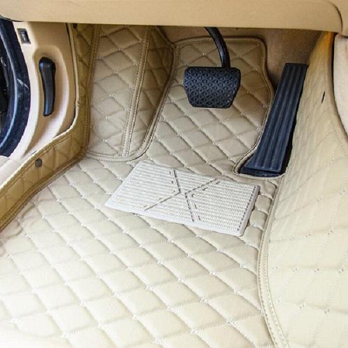 如何选购适合自己的四川汽车脚垫