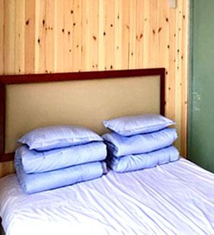 哈仙岛住宿情侣间卧室