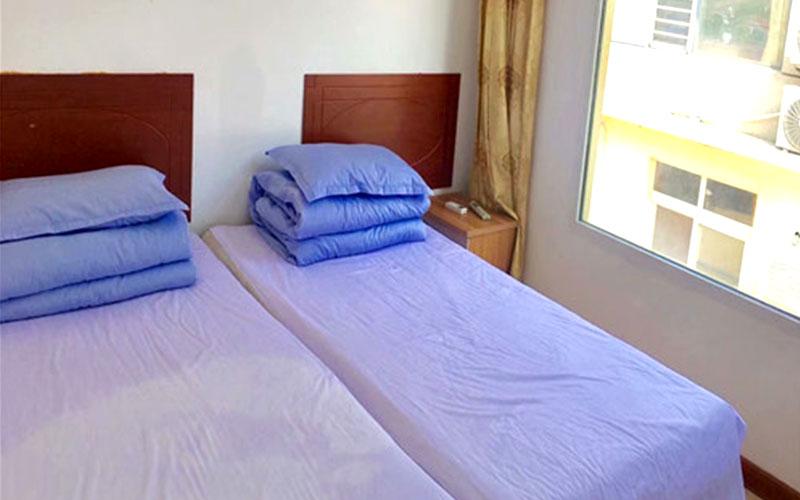 哈仙岛住宿双人间卧室