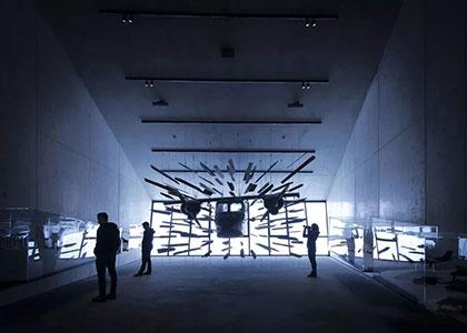 展馆设计赏析-坐落于海拔3040m山地上的007 Elements体验馆丨西安展览公司
