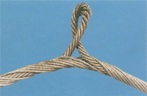 塔吊钢丝绳的维护保养和其优势特点.