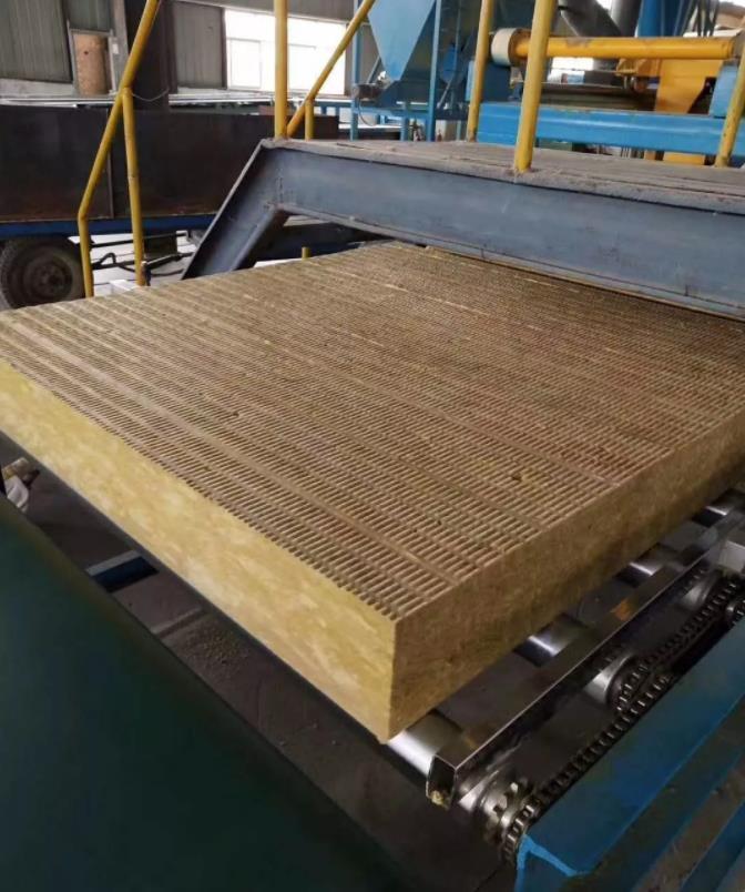 细说岩棉板的应用及岩棉保温板有哪些工艺步骤
