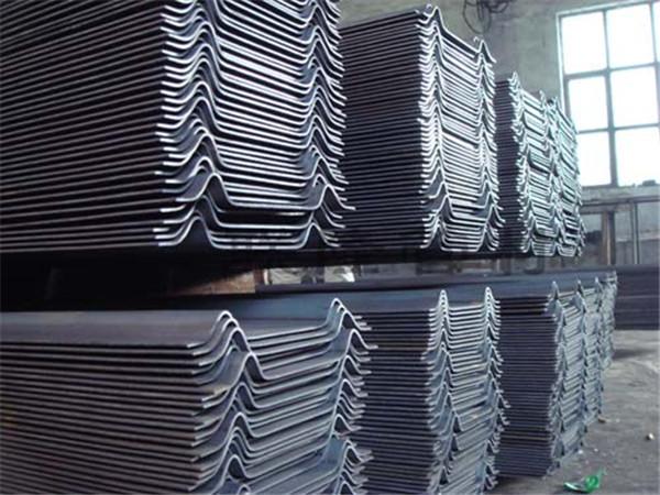 河南W型钢带金属制品