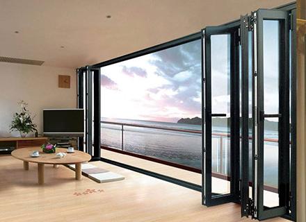 科斯特铝合金门窗——75重型折叠门