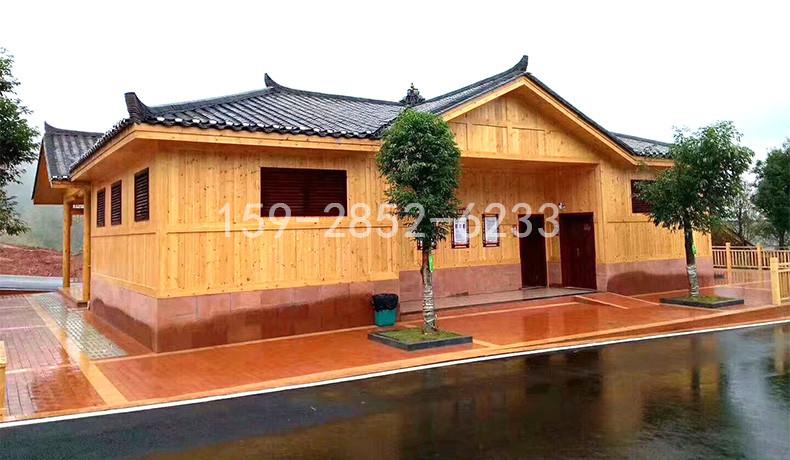 四川防腐木木屋需不需要再进行防水处理?