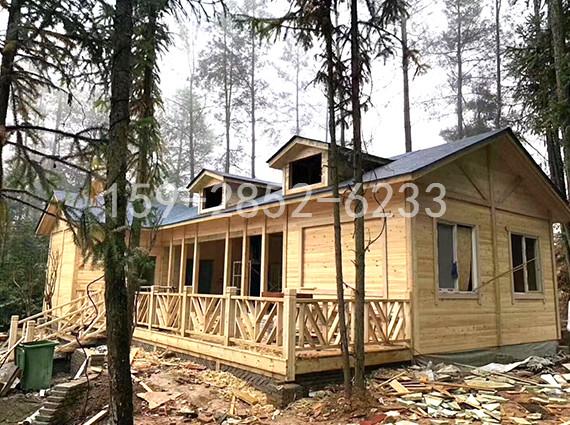 设计好之后的成都防腐木木屋怎么装修更好看?