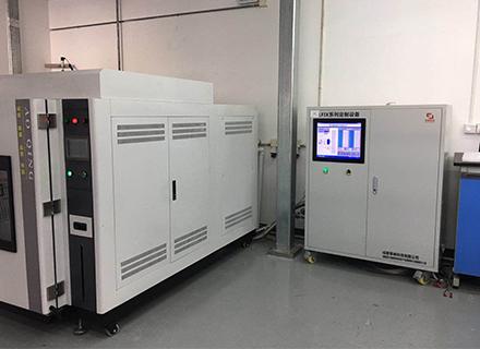 气体冲压装置在飞机座舱零部件生产中的应用