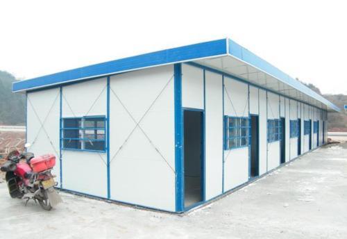 成都活动板房厂家提醒您:工地活动板房怎样安装更加牢固